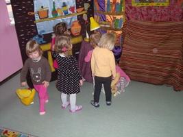 Zabawa dzieci w niepublicznym przedszkolu w łodzi