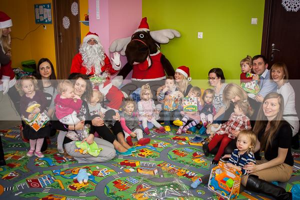 Święty Mikołaj z wizytą w przedszkolu